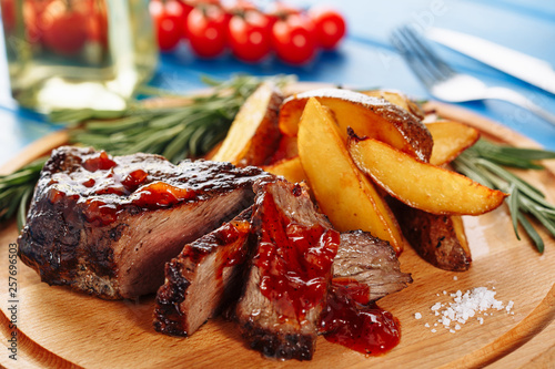 Roasted Steak Pork Meat Sliced with Potato Ketchup Canvas-taulu