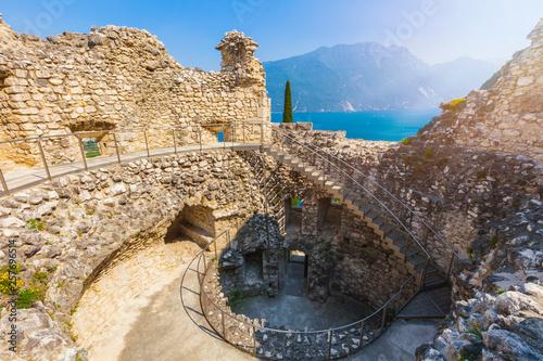 Riva del Garda, Blick von der Burgruine Il Bastione auf den Gardasee, Italien, T Poster Mural XXL