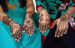 Leinwanddruck Bild - Mehndi (Heena) on Hands