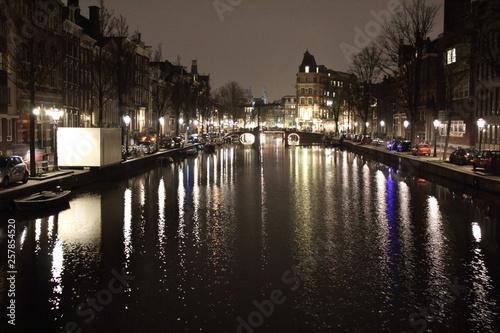 Photo  Amsterdam Gracht bei Nacht