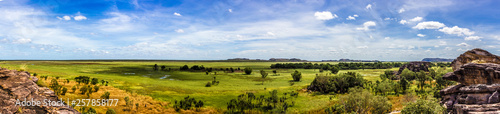 Foto auf Gartenposter Himmelblau panorama from the Nadab Lookout in ubirr, kakadu national park - australia