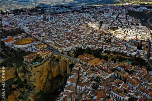 Poster Las Vegas Ronda in Spanien Luftbilder - Puente Nuevo, Plaza de Toros de Ronda und Sehenswürdigkeiten von Ronda