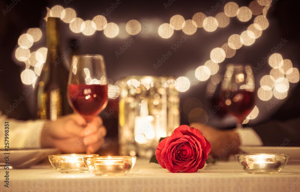 Fototapety, obrazy: Romantic candle light dinner.