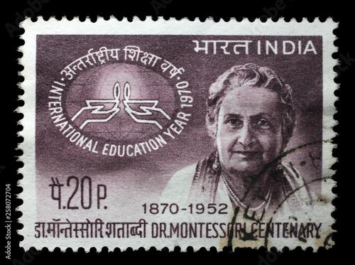 Fotografia Stamp printed in India, shows Birth Centenary of Maria Montessori, circa 1970