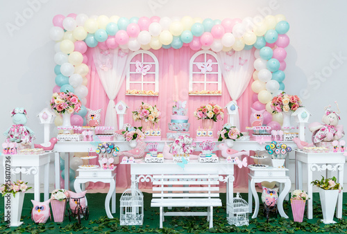 Decoration table for children's birthday.