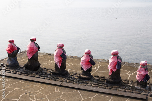 Fotografia  Ksitigarbha are bodhisattvas in East Asian Buddhism.