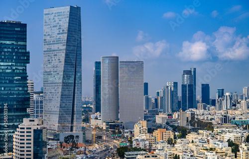 Fotomural  Aerial cityscape of  Tel Aviv skyscrapers, Israel