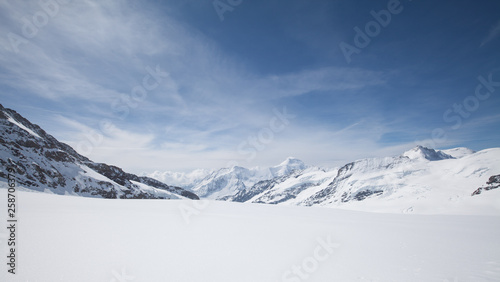 Fototapety, obrazy: Jungfraujoch is a famous travel mountain of the Alps, Switzerland