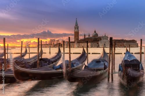 Spoed Foto op Canvas Gondolas in Venice