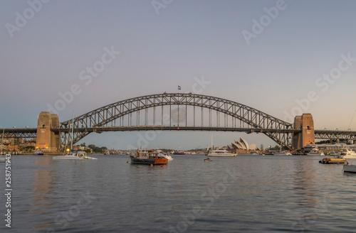Staande foto Sydney harbour bridge Sydney Australia front view