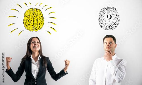 Fotografie, Obraz  Businesspeople with brain sketch