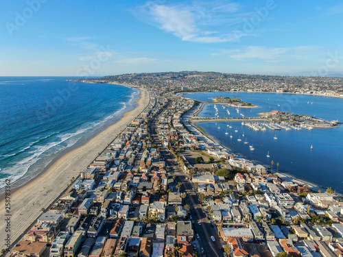 Aerial view of Mission Bay & Beaches in San Diego, California Canvas-taulu