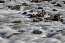 Wasserfall Im Lech Mit Felsbro...