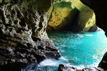 Rosh Hanikra Grottoes ,ocean V...