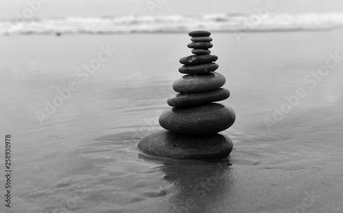 Acrylic Prints Stones in Sand piedras en el mar