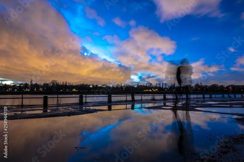 Foto auf Acrylglas Bestsellers sunset over lake