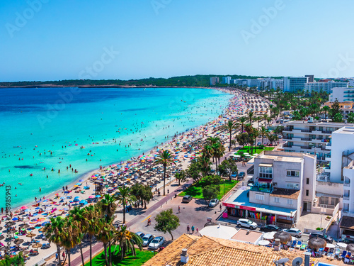 Foto auf Leinwand Dunkelgrau Cala Millor beach and hotels