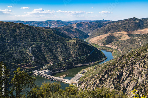Obraz Valeira Dam and surrounding landscape - fototapety do salonu