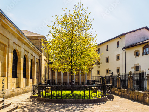 Photo The Tree of Guernica (Gernika), Basque Country