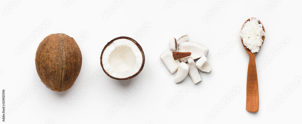 Fototapety, obrazy: Coconuts composition on white