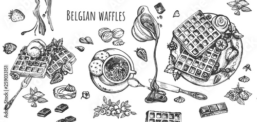 Fotografía  Belgian waffles with fruits and sweet drinks set