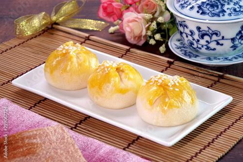 Creamy salted yolk custard cake, famous Chinese pastry. Fototapet