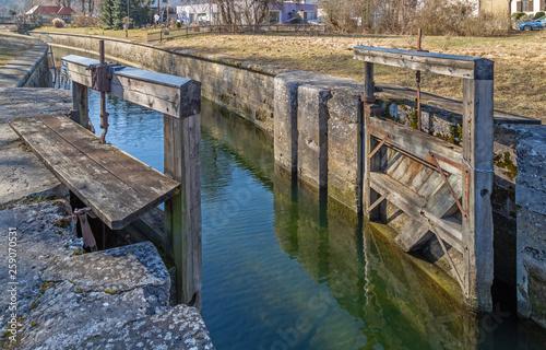 Fotografía  Schleuse am historischen Ludwig Donau Main Kanal in Kelheim
