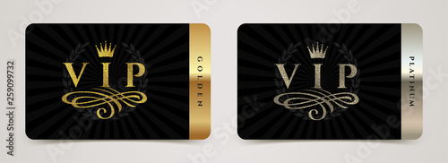Fotografía  Golden and platinum VIP card template - type design with crown, flourishes element and laurel wreath on a black background