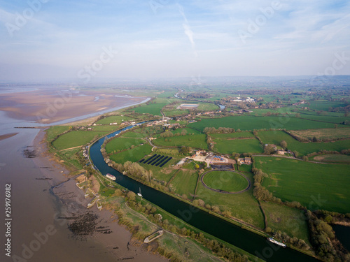 Aerial view of the Historic tidal river bank erosion protection scheme at Purton Canvas-taulu