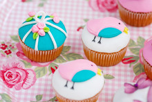 Cupcakes For A Baby Shower.