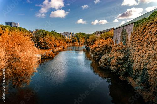Photo  River at Edinburgh city, Scotland Uk, Traveling in Europe
