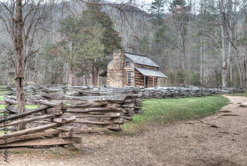 Photo  Old historic Elijah Oliver log house in Cades Cove.
