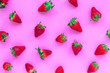 Leinwanddruck Bild - strawberry on pink background