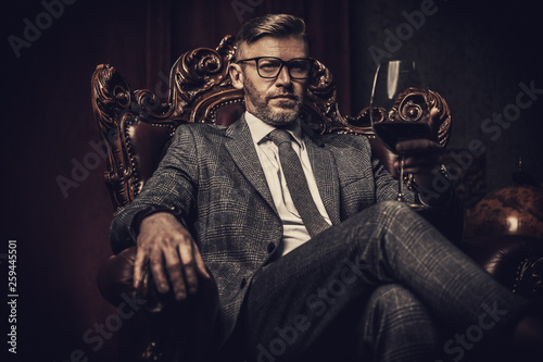 Cuadros en Lienzo classic men style