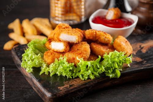 Poster Kip Crispy chicken nuggets