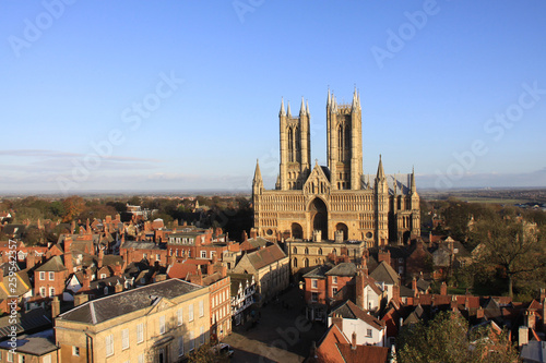 Lincoln cathedral against a clear blue sky Fototapeta