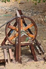 Pulley And Flat Belt Drive-sma...