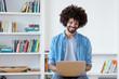 canvas print picture - Hipster Mann beim Online Shopping
