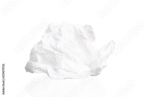 Fotografía  Screwed paper tissue isolated on white background