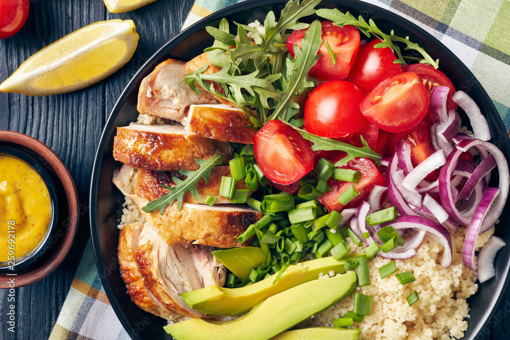 Fototapety, obrazy: chicken bowl with couscous, greens and veggies