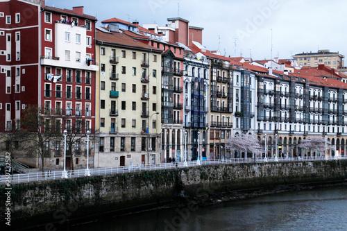 In de dag Kanaal Bilbao