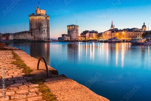 Poster Navire coucher de soleil sur la ville de La Rochelle