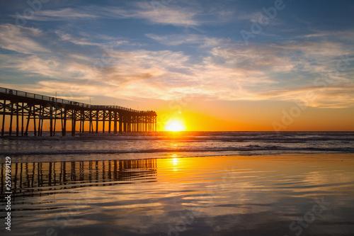molo w San Diego na plaży Pacyfiku
