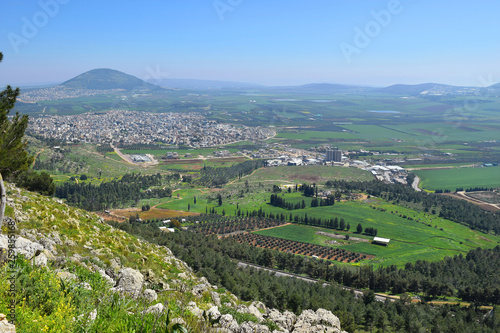 Vászonkép view of the Jezreel Valley, biblical Mount Tabor and the Arab villages at its fo