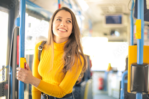 Girl traveling on a bus Fototapet