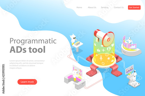 Photo  Flat isometric vector landing page template of programmatic advertising, social media campaign, automated digital marketing