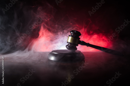 Cuadros en Lienzo Document with judge on wooden table. Law theme. Selective focus