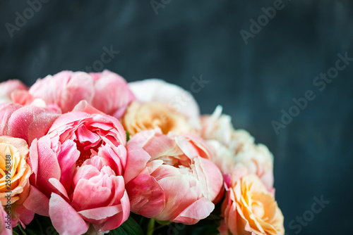 Fototapeta Fresh bunch of pink peonies and roses obraz na płótnie