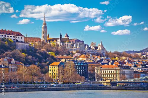 Foto auf AluDibond Budapest Budapest Danube river historic waterfront architecture springtime view
