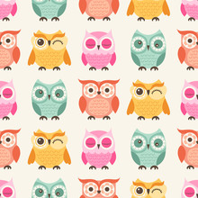 Seamless Cute Cartoon Owls Birds Pattern Background - Vector
